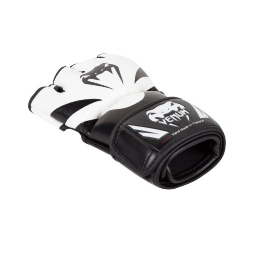 MMA_GLOVES_ATTACK_BLACK_WHITE_1500_02